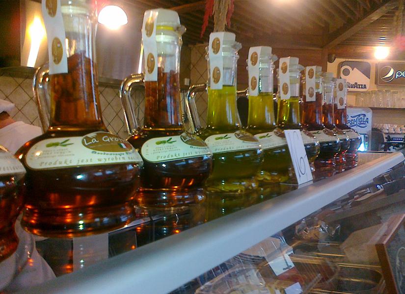 Oliwy smakowe własnej produkcji